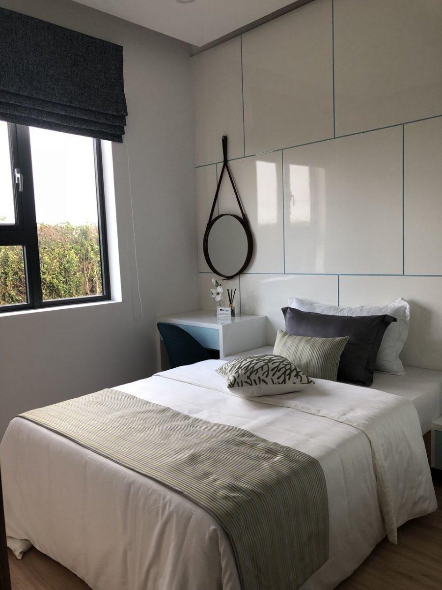 Phòng ngủ khá rộng rãi và thoáng mát mang lại giấc ngủ say nồng