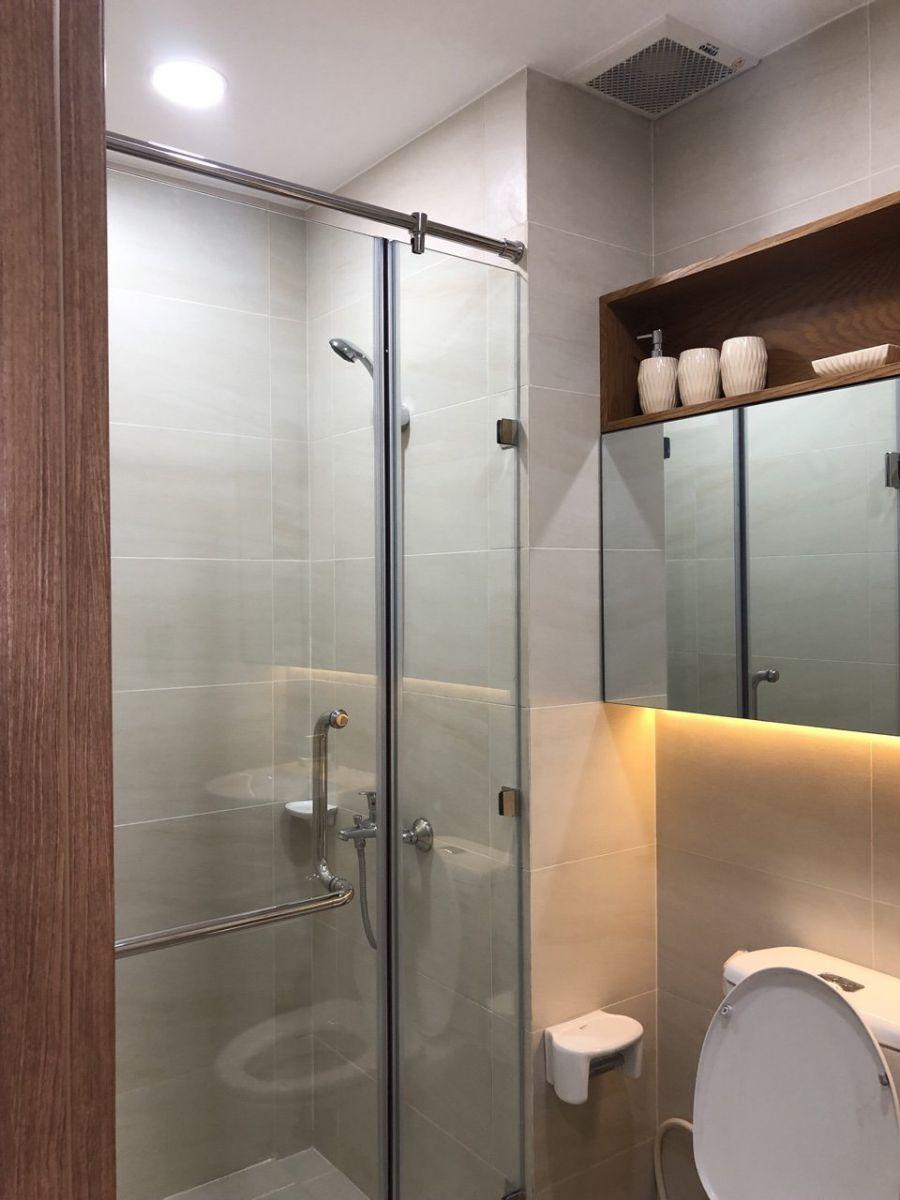 Phòng tắm không gian khá rộng và sang trọng của căn hộ Picity